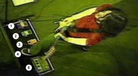 frusciante-pedalboard-1999b